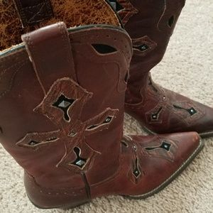 Womans Ariat boots